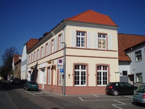 Sanierung und energetische Fassadengestaltung